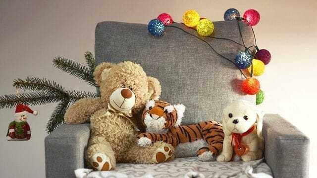 "alt=""free toys for Christmas"""